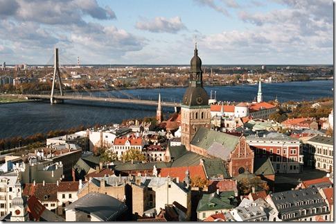 Riga, panorama met de rivier de Westelijke Dvina