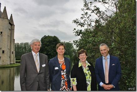Hugo Casteleyn (l), Christel Geltmeyer, Katrien Moens en Geert Moerman