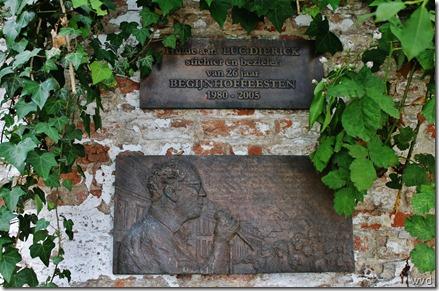 Sint-Alexiusbegijnhof - Herdenkingsplaat Luc Dierick