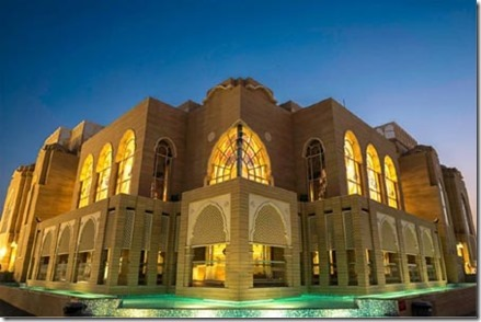 Sikh tempel - Jebel Ali - Exterior-view-of-the-Gurudwara-building-UAE