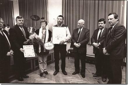 Wielewaal 's Heerenbosch met Paul Van Malderen, Patrick Meulebroek en Fons Hermans - Persprijs 1989