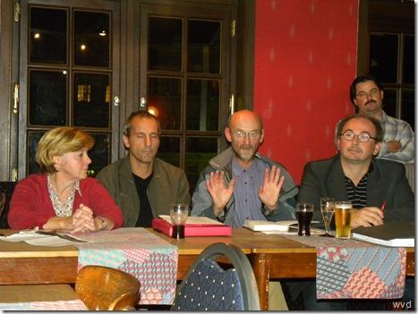 De Actievoerders tijdens een van hun persconferenties
