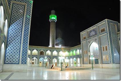 Raqqa - Uwais al Qarni Moskee -  Begraafplaats Ammar Ibh Jasir en Uwais aql Qarni