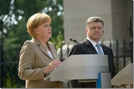 Angela Merkel en Petro Poroshenko - 1