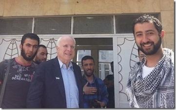 John McCain met jihadisten in Syrië - 1