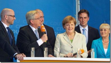 Jean-Claude Juncker met Angela Merkel