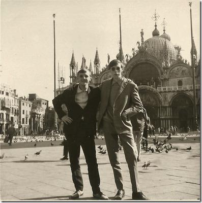 Schoolreis Italie 1967 - Venetie - Eddy Verhavert links, Paul De Leenheer rechts