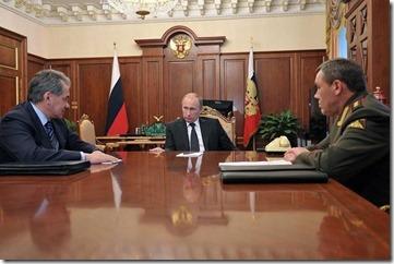 Vladimir Poetin en militaire top
