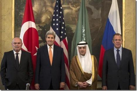 Feridun Sinirlioglu, John Kerry, Adel al Jubeir en Sergeï Lavrov