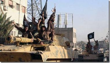 ISIS jihadisten met tank