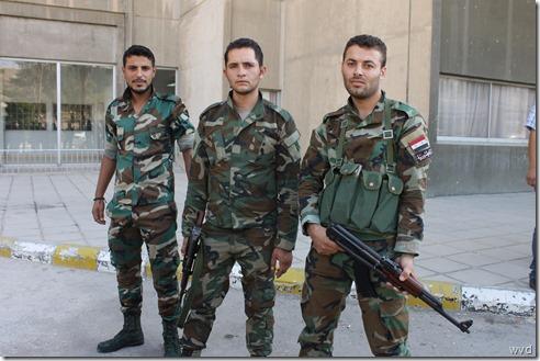 Soldaten Syrisch leger, Tishreen militair hospitaal