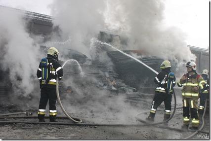 Brand bij houtbedrijf Hertecant, Eegene te Oudegem