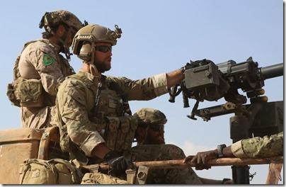 Amerikaanse troepen en YPG - 2