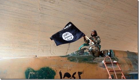 ISIS - Met vliegtuig in Tabqa