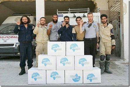 Witte Helmen - Tauqir Sharif (Derde van links)
